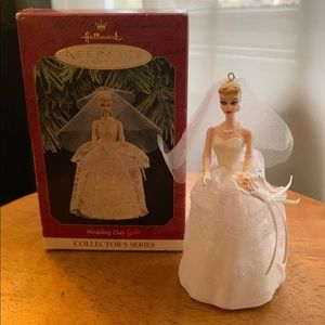 Hallmark Keepsake Ornament Barbie. Wedding Day